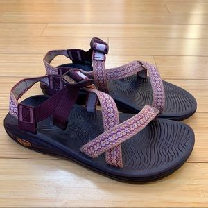 CHACO Z/1 purple gold strap sandals, women's 9.